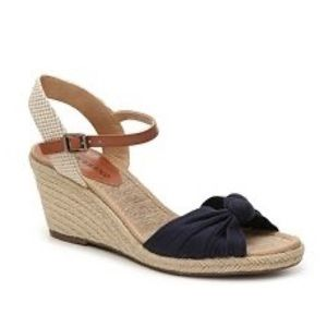 Lucky Brand Krizhy navy blue espadrille wedges